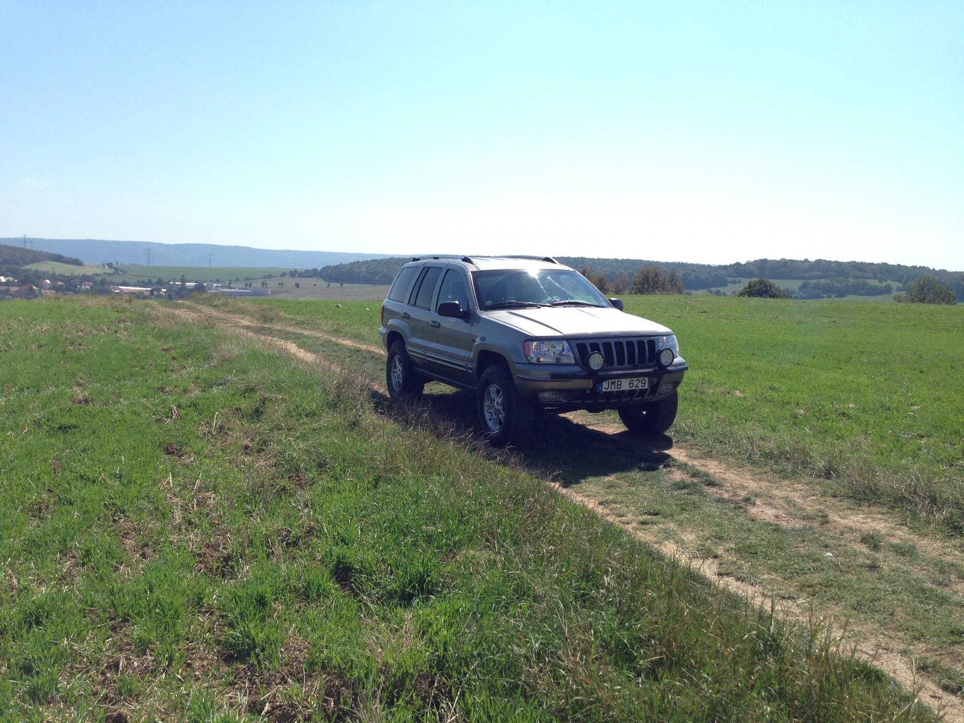 Jeep Off-Road close to Velka Amerika