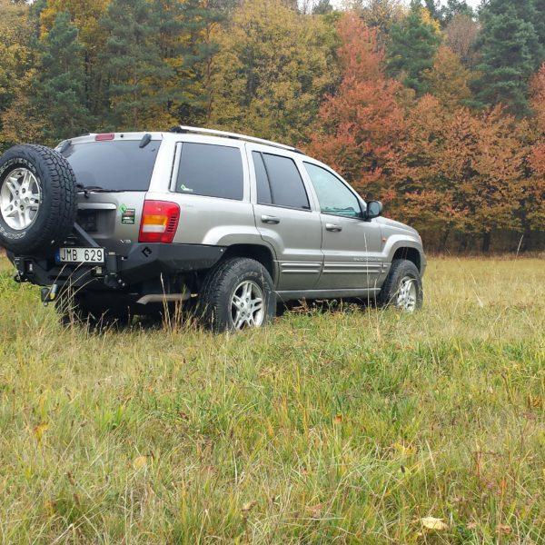 Jeep Grand Cherokee with Metalpasja rear bumper