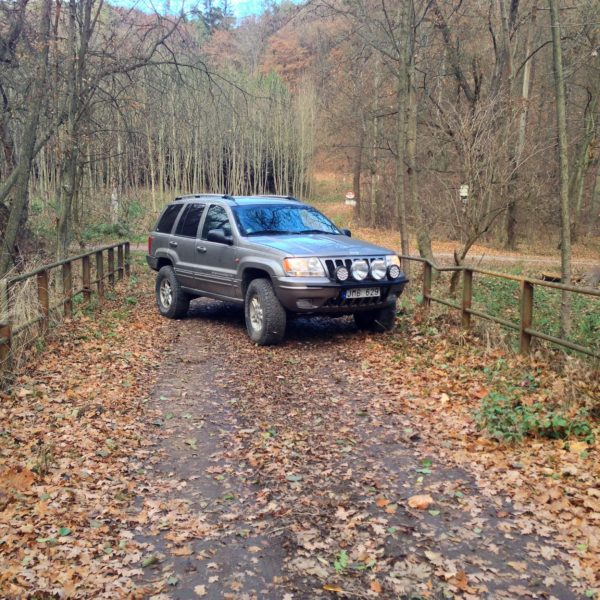 Jeep WJ posing on old bridge