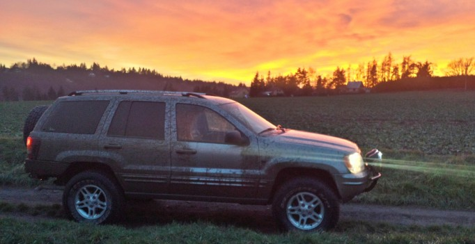 Jeep WJ sunset Czech Republic